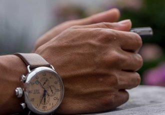 10 Schweizer Uhren zwischen 1000 und 2000€
